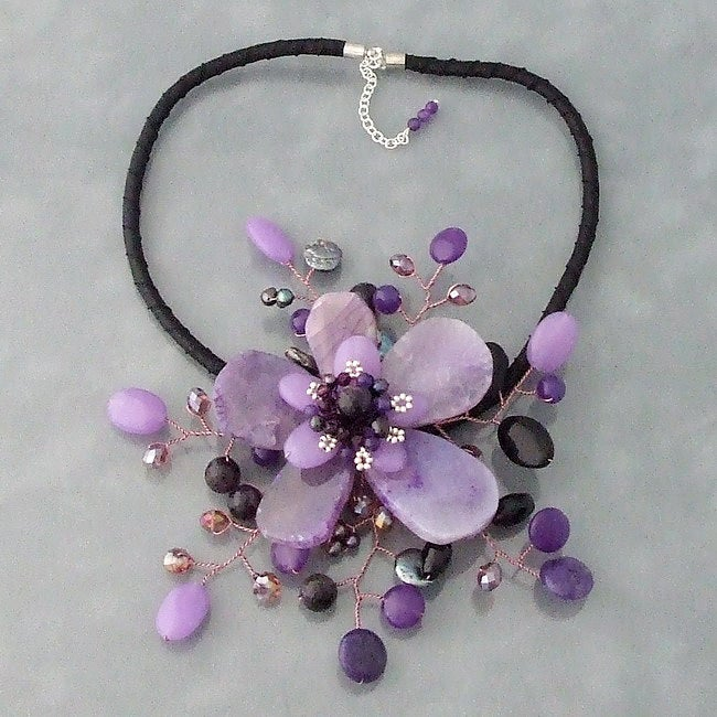 Amethyst and Coin Pearl Star Flower Necklace (3-5 mm) (Thailand)