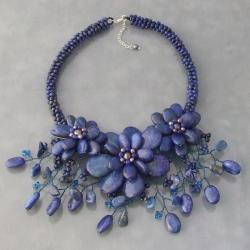 Blue Lapis and FW Pearl Floral Bouquet Stone Choker (3-8 mm) (Thailand)