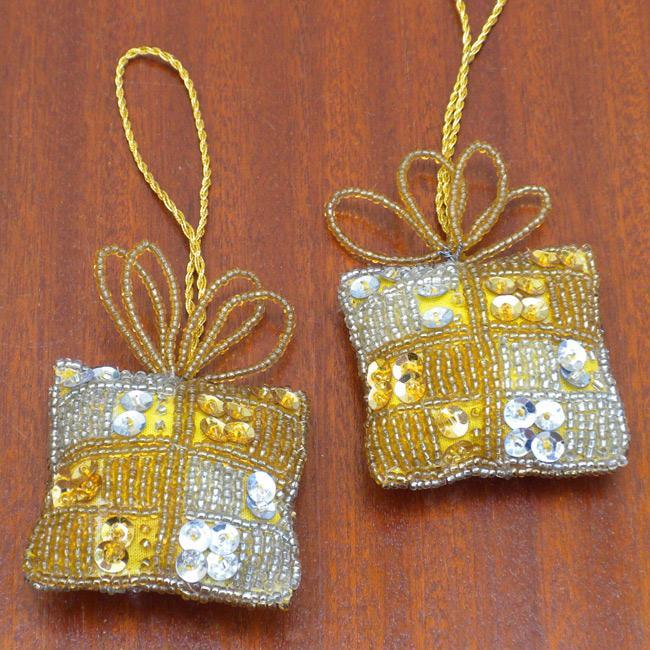 Set of 2 Goldtone Gift-shaped Holiday Ornaments (India)