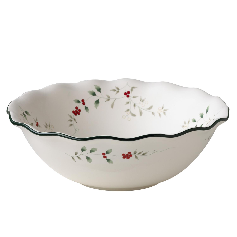 Pfaltzgraff 'Winterberry' Large Ruffled Pasta Bowl
