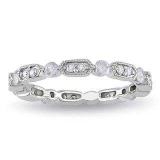Miadora 10k White Gold 1/2ct TDW Vintage Diamond Band (G-H, I2-I3) with Bonus Earrings
