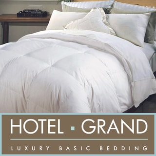 Hotel Grand Naples 700 Thread Count Hungarian White Goose Down Comforter with 2 Bonus Natural Feather Pillows