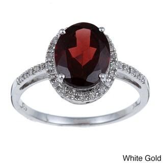 Viducci 10k Gold Garnet and 1/10ct TDW Diamond Ring (G-H, I1-I2)