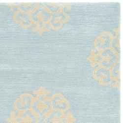 Safavieh Handmade Soho Medallion Light Blue N. Z. Wool Runner (2'6 x 14')