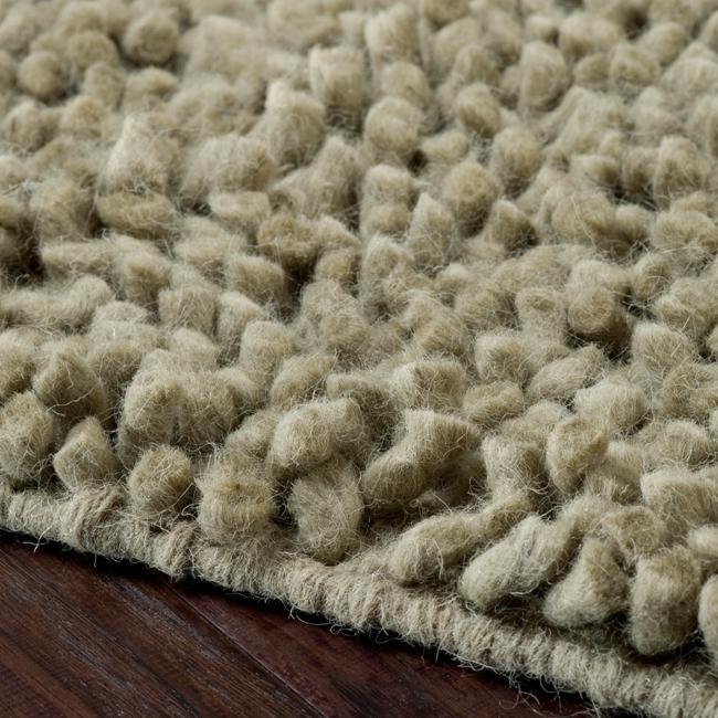 Hand-woven Nimbus Sage Green Wool Rug (8'x10')