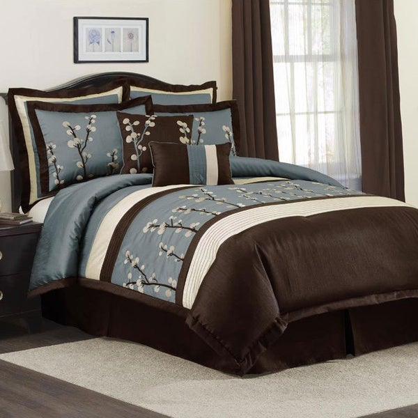 Lush decor blue cocoa flower 8 piece comforter set for Decor 8 piece lunch set