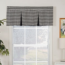 Harvard Pleated Valance