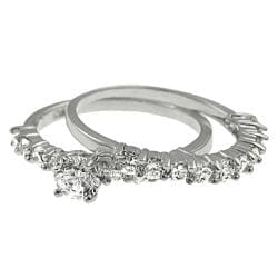 Journee Collection Sterling Silver round CZ Bridal Engagement Ring Set