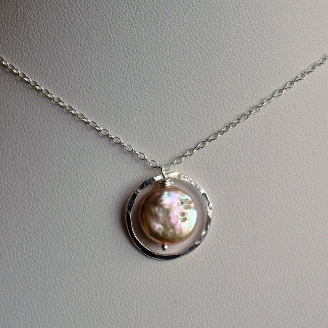 Sterling Silver Peach Coin Pearl Circle Necklace (9 mm)
