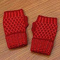 Alpaca Wool 'Holly Berry' Fingerless Gloves (Peru)