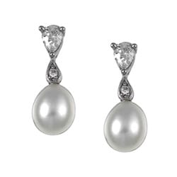 Kabella Sterling Silver Freshwater Pearl and Cubic Zirconia Drop Earrings (6-7 mm)