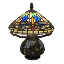 Tiffany-style 1-light Bronze Dragonfly Table Lamp
