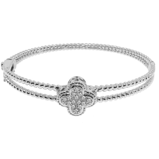 Sterling Silver 1/8ct TDW Diamond Clover Bangle (H-I, I3)