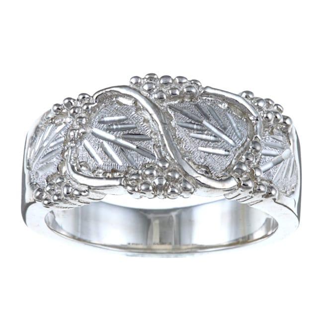 Black Hills Silver Men's Leaf Ring