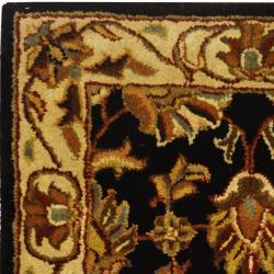 Safavieh Handmade Heritage Kashan Black/ Beige Wool Runner (2'3 x 4')