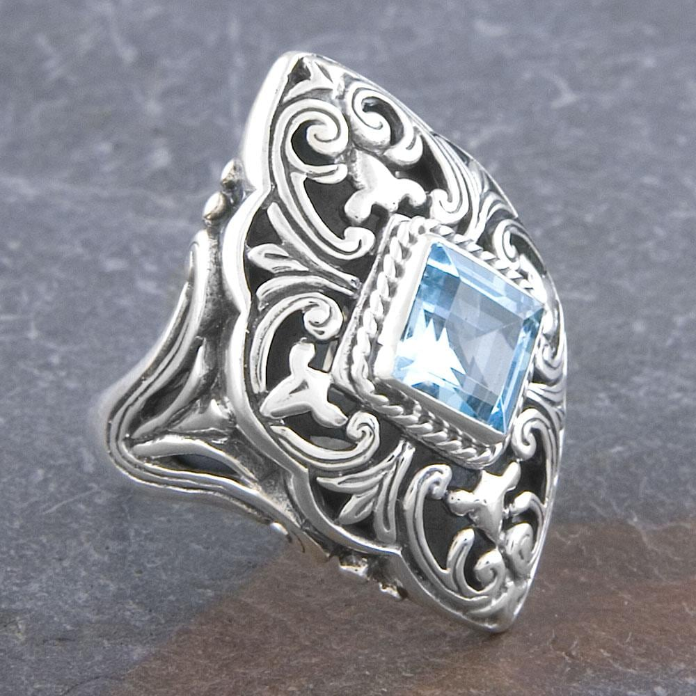 Sterling Silver Blue Topaz 'Cawi' Art Ring (Indonesia)