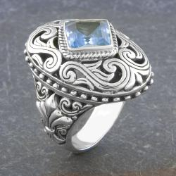 Sterling Silver Blue Topaz 'Cawi' Ornamented Ring (Indonesia)