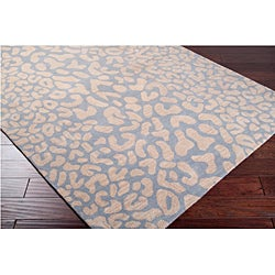 Hand-tufted Pale Blue Leopard Whimsy Animal Print Wool Rug (8' x 11')