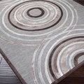 Meticulously Woven Brown/Grey Circles Abstract Rug (5'2 x 7'6)