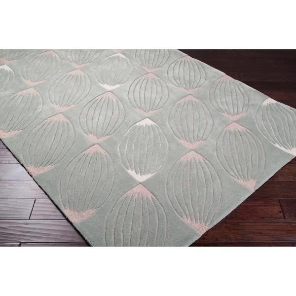 Hand-tufted Green Geometric Rug (5' x 8')