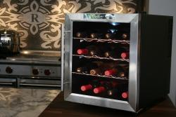 Vinotemp VT-16TEDS 16-bottle Thermoelectric Wine Cooler
