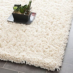 Hand-woven Bliss Ivory Shag Rug (7'6 x 9'6)