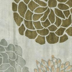 Handmade Soho Botanical Light Grey N. Z. Wool Rug (6' Square)