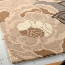 nuLOOM Handmade Prive Beige Floral Pattern Wool Rug (5' x 8')