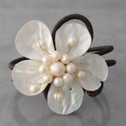 Cotton Mother of Pearl/ Pearl Flower Cuff Bracelet (3-6 mm) (Thailand)