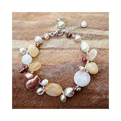 White Freshwater Pearl 'Lemon Honey' Bracelet (4-8 mm) (Thailand)