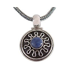 Sterling Silver 'Midnight Sun' Sodalite Necklace (Peru)