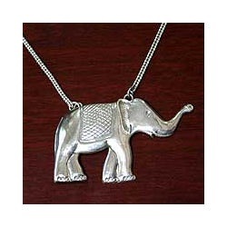 Sterling Silver 'Thai Pride' Necklace (Thailand)