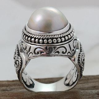 Sterling Silver Filigree Round Mabe Pearl Dome Ring (14 mm) (Indonesia)