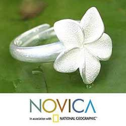 Sterling Silver 'Frangipani' Ring (Indonesia)