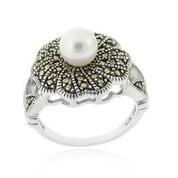 Glitzy Rocks Silver Freshwater Pearl and Marcasite Flower Ring (6-7 mm)