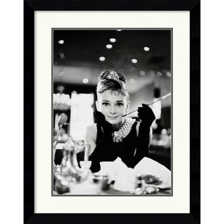 'Audrey Hepburn - Breakfast at Tiffany's' Framed Art Print
