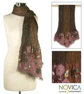 Wool 'Pretty Posies' Scarf (India)