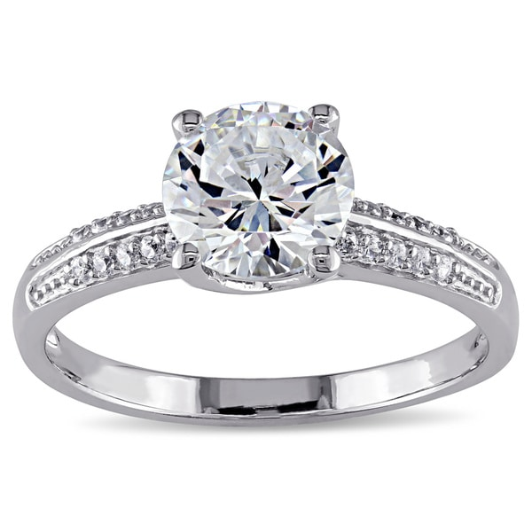 M by Miadora Sterling Silver Round-cut Prong-set Clear Cubic Zirconia Engagement-style Ring
