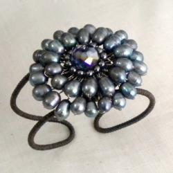 Crystal and Black Pearl Cuff Bracelet (5 mm) (Thailand)