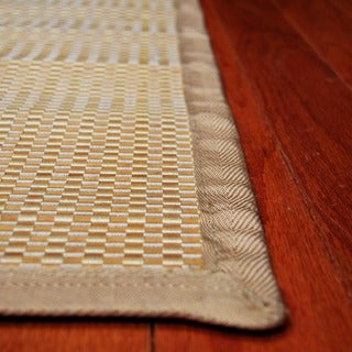 Asian Hand-woven White Checkered Rayon from Bamboo Rug (2' x 3')