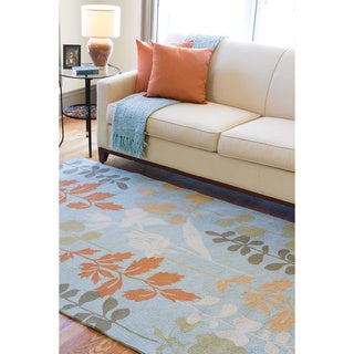 Hand-hooked Bliss Pale Blue Indoor/Outdoor Floral Rug (8' x 10')