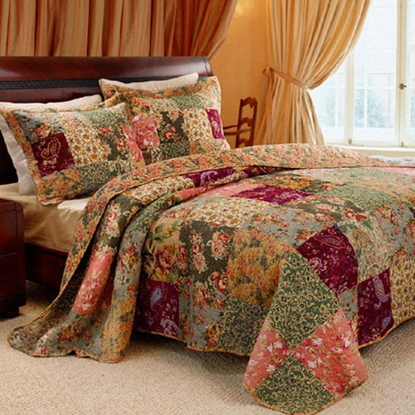 Greenland Home Fashions Antique Chic Queen-size 3-Piece Bedspread Set
