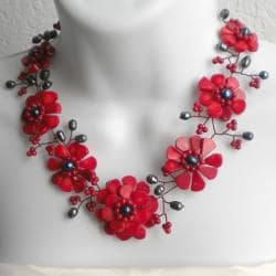 Copper Wire Red Coral and Pearl Floral Necklace (7-10 mm) (Thailand)