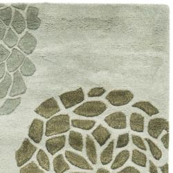 Handmade Soho Botanical Light Grey N. Z. Wool Runner (2'6 x 8')