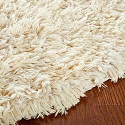 Safavieh Hand-woven Posh Ivory Wool Shag Rug (6' Round)