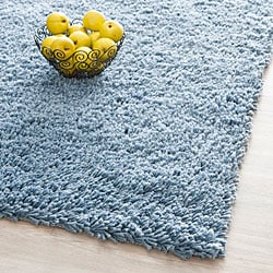 Hand-woven Bliss Light Blue Shag Rug (6' x 9')