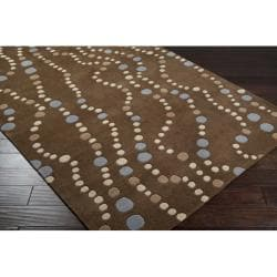 Hand-tufted Brown Contemporary Geometric Mayflower Wool Rug (6' x 9')