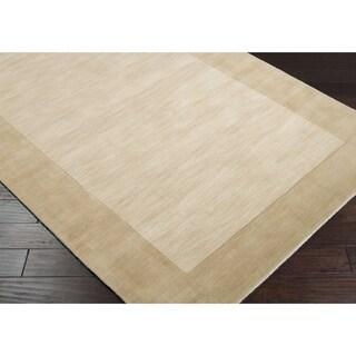 Hand-crafted Beige Tone-On-Tone Bordered Wool Rug (6' x 9')