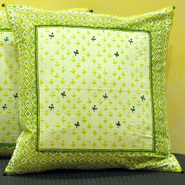 Cotton Hand-blocked 'Dhanya' Peapod 18-inch Pillow Cover (India)