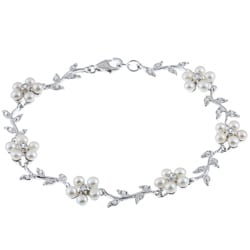 La Preciosa Sterling Silver FW Pearl and CZ Flower Bracelet (3 mm)